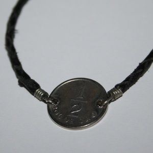 sol de oro coin bracelet leather cord